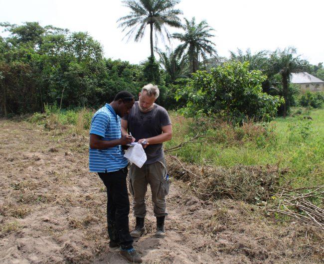 Vorbereitung des Landkaufs durch Ayo Olaseinde und Michael Leyhausen (Vorstandsmitglieder)